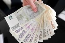 Platy v Karlovarském kraji jsou stále nejnižší v České republice.