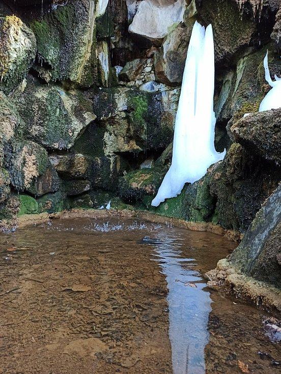 Vodopád v Lázních Kyselka.