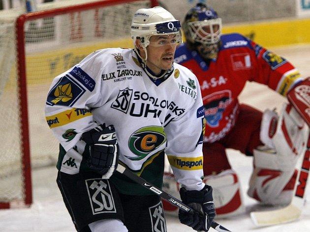 Jednou z možných hvězd turnaje může být i útočník Energie Jaroslav Kristek.