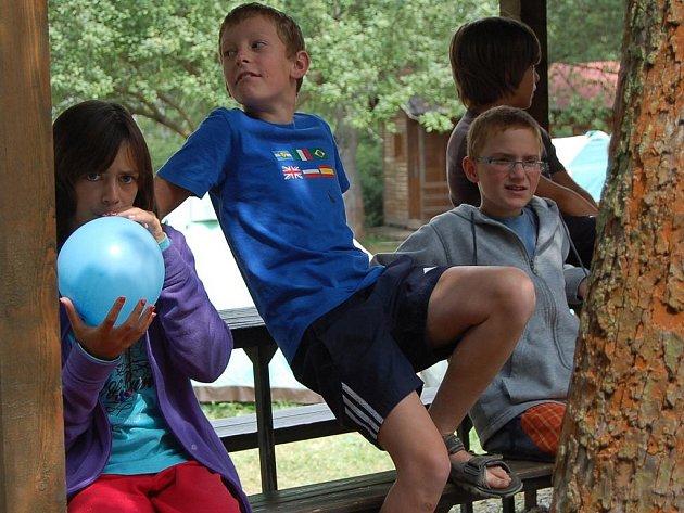Letní dětský tábor v Manětíně.