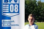 Patrik Kavalír již třetí sezonu brázdí fotbalové trávníky za hranicemi, když v současné době hájí barvy Bischofswerdaer football club 08 e.V, tedy účastníka Regionalliga Nordost.