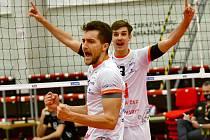 Úspěšný návrat na volejbalovou palubovku mají za sebou v UNIQA extralize mužů hráči VK ČEZ Karlovarsko, když v hale míčových sportů porazili beskydský Black Volley 3:1.