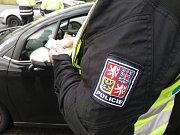 Policisté při akci Cesta prověřili stovky osob a desítky vozidel.