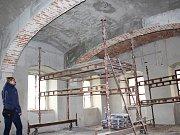Rekonstrukce části prostor v hradě Hauenštejně.