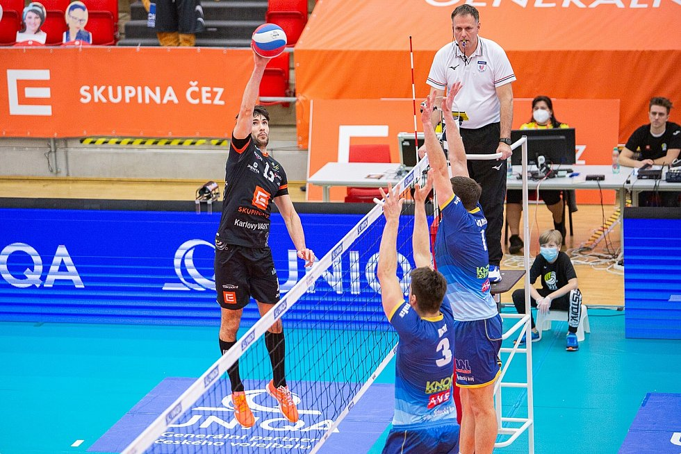 Dnes vyvrcholí Český pohár v lázních finálovým soubojem, který bude na programu v 17.40 hodin a přenášet ho bude ČT sport.