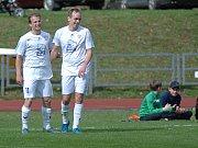 Viktoria Mariánské Lázně (v bílém) porazila Rakovník 6:0