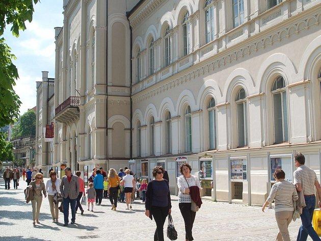 Lázně III jsou jedním z architektonických klenotů Karlových Varů.