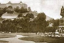 """""""Karlovy Vary na starých pohlednicích"""""""