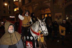 Svatý Martin přijel do Karlových Varů.