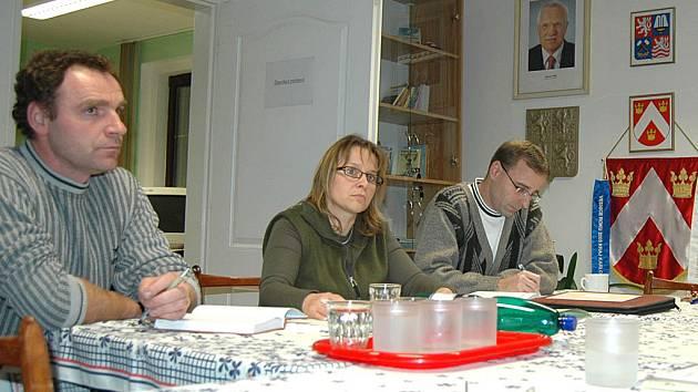 V pondělním podvečeru se na otovické radnici sešla už podruhé komise, která se bude zabývat plány společnosti Sedlecký kaolin.