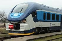 V Karlových Varech zemřel člověk po střetu s vlakem.
