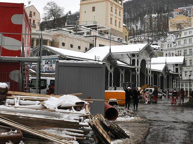 Rekonstrukce Staré louky a Tržiště potrvá až do konce letošního roku.