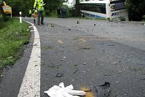 U Karlových Varů se srazil autobus, nákladní a osobní auto