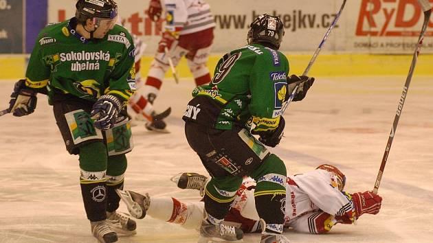 Roman Prošek a Milan Hluchý zabránili v průniku Rostislavu Martinkovi.