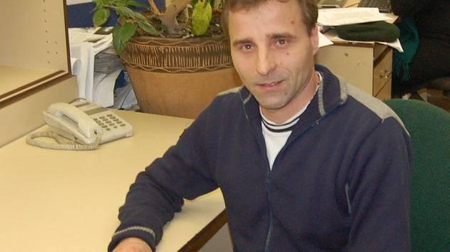 Jaroslav Růžička. Otovický zastupitel spoluzaložil sdružení na obnovu psího hřbitova.