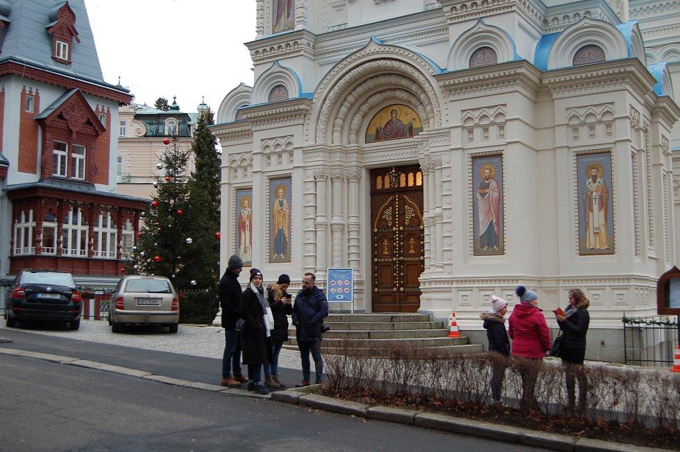 Zatímco ty křesťanské vánoční svátky skončily, ty pravoslavné právě začínají.