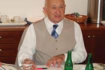 Ředitel symfonického orchestru Alois Ježek.
