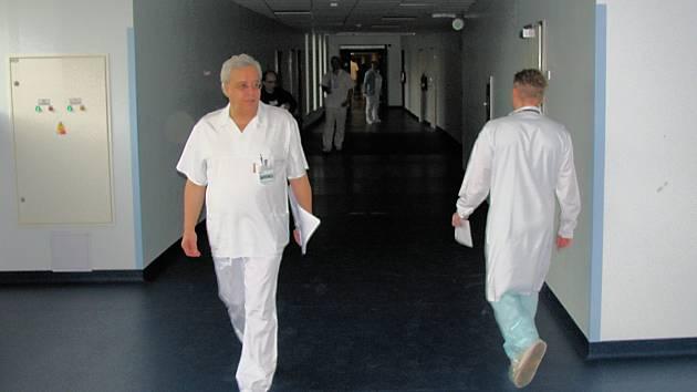 Ředitel krajské nemocnice Petr Svoboda a jeho tým připravují koncepci fungování zdravotnictví