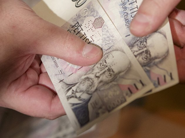 Pokud jde o platy, v Karlovarském kraji jsme na tom stále nejhůře