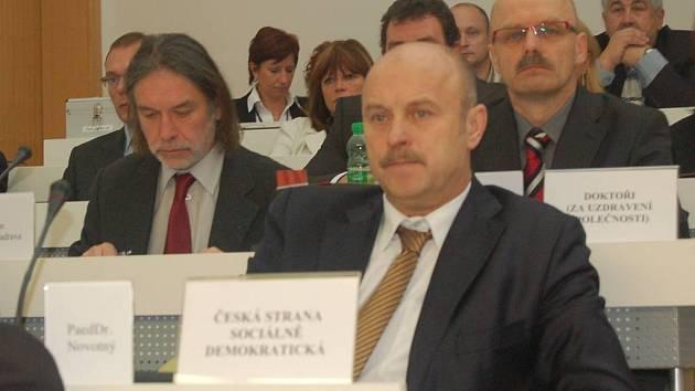 Ustavující jednání krajského zastupitelstva.