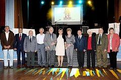 OCENĚNÍ SENIOŘI. V prvním ročníku ankety Senior roku bylo oceněno v Karlovarském kraji dvanáct nominovaných.
