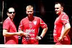 SK LIAPOR KARLOVY VARY B ve složení Jakub Medek, Tomáš Bíbr a Michal Kokštein dosáhl v domácím prostředí v areálu v Doubí v rámci 49. mistrovství České republiky v nohejbale dvojic mužů nakonec na čtvrtou příčku.