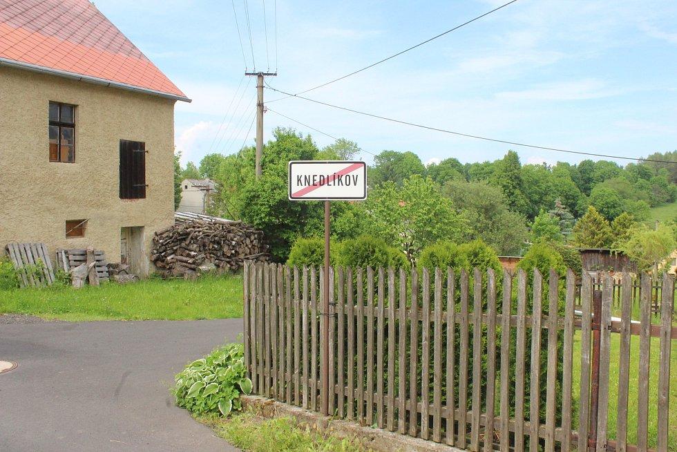 Horní Dražov - kvůli rozvětvené rodině Knedlíkových tu existuje i Knedlíkov.