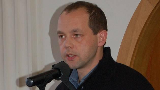 Petr Kulhánek, zastupitel za Karlovarskou občanskou alternativu.