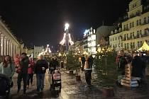 Karlovy Vary mají letos hned dvoje vánoční trhy.