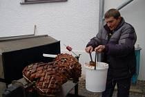 Legendární žokej Josef Váňa oslavil v Chyši svůj úspěch a také 57. narozeniny