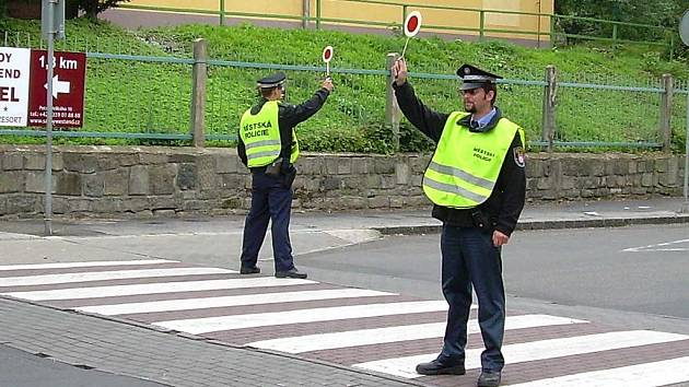 Strážníci budou 3. září hlídat přechody pro chodce.