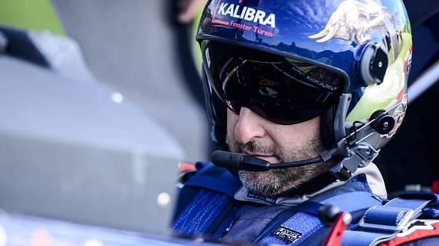 Čtvrté místo. Karlovarský pilot Petr Kopfstein z Team Spielberg si v Kazani připsal na svůj letecký účet čtvrté místo, když tak dosáhl na hodně cenných sedm bodů.