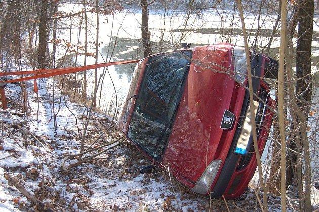 Dopravní nehoda u Kyselky