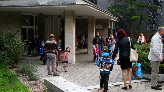 První školní den na škole J.A.Komenského v Drahovicích