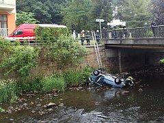 Hrozivě vypadající nehoda si vyžádala jen lehké zranění