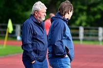 Otakar Dolejš (vlevo), trenér FC Viktoria Mariánské Lázně