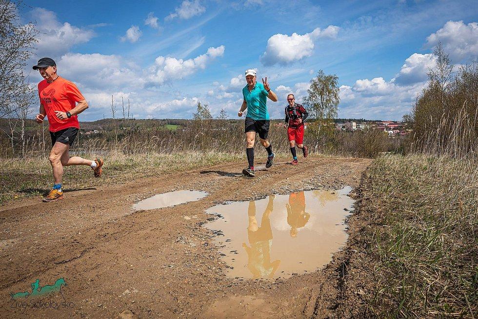 Obrazem 1/4 a 1/2maraton Okolo Meluzínky.