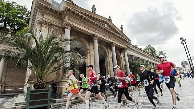 Karlovy Vary opět přivítají tisíce běžců, účastníků půlmaratonu.