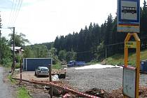 Stavba silnice mezi Merklínem a Pstružím na Karlovarsku.
