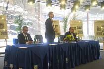 Senátor Jan Horník na setkání ve stručnosti vysvětlil, co se vlastně 20. ledna roku 1990 v Ázerbajdžánu stalo.
