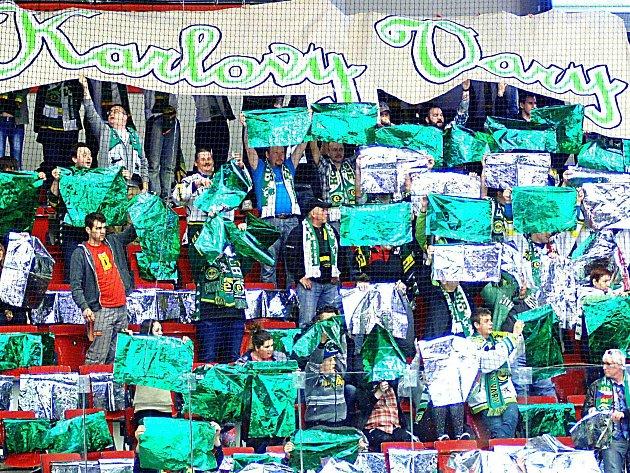 Fanoušci mohou jásat, hokejová extraliga se bude hrát v Karlových Varech i v nové sezoně.