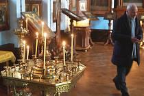 Pravoslavný chrám Petra a Pavla (na snímku) je jedním z řady míst, kde budou dnes ruští věřící, a nejen oni, slavit své Vánoce. Nezapomenou na ně ani v dalších městech regionu, ať už například v Mariánských Lázních nebo ve Františkových Lázních.