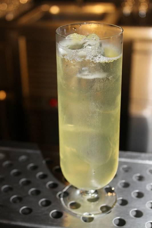 Pińa colada v podání Becher´s baru je odlehčenější variantou.