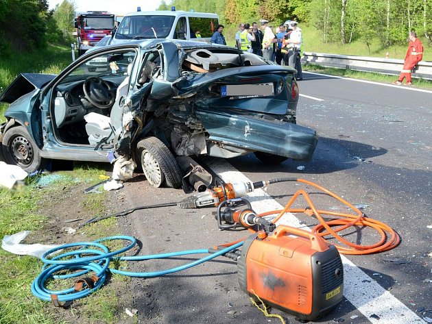 Tragická dopravní nehoda u Sadova.