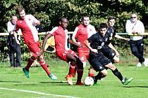 Do třetice již karlovarská Slavia na stadionu ve Dvorech na ligové béčko nevyzrála a nakonec prohrála 1:2.