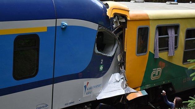 Srážka vlaků u Karlových Varů