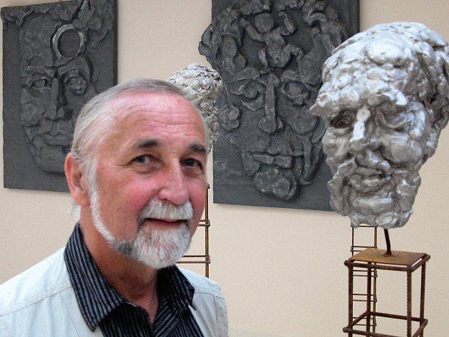 Pražský sochař a medailér Vladislav Mašata.