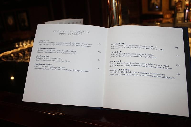 Nové koktejlové menu.