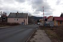 Neprůjezdný železniční přejezd v Teplárenské ulici v Bohaticích.