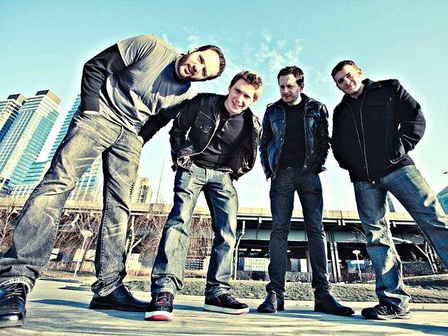 AMERICKÁ kapela Against The Wall.